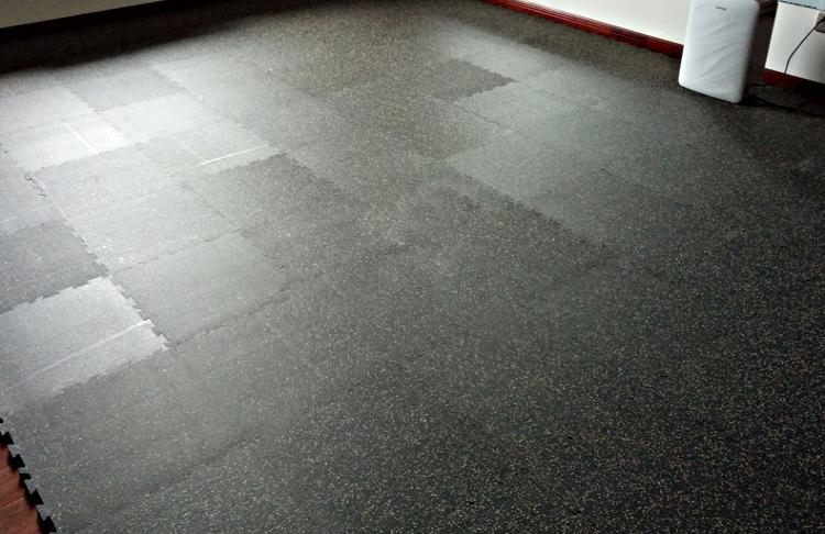 interlocked rubber tiles